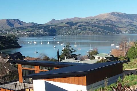 Christchurch Retreat with Breakfast