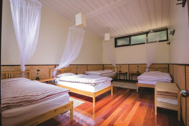 National Park Yoga Retreat, Sydney -  Male Dorm
