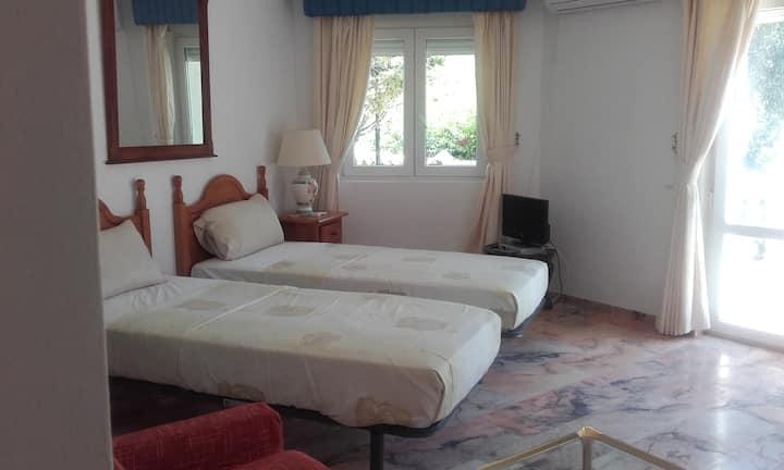 Nice studio-apartment on a finca near Mijas