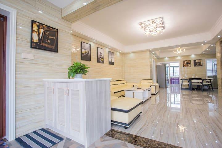 简欧公寓:张家界天门山旅游度假公寓