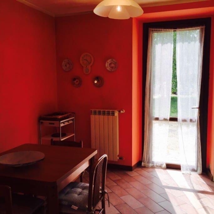 Grazioso appartamento su due piani appartamenti in for Appartamenti a due piani