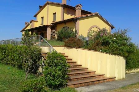 Villa Vaiano near Pisa Florence