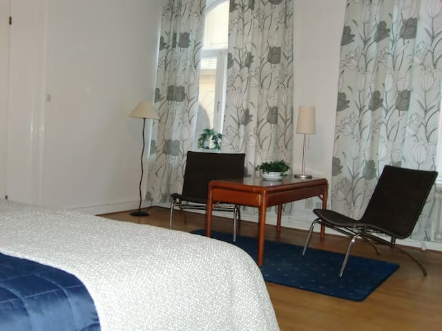 City app, 5 rooms for 8 persons - Kristianstad