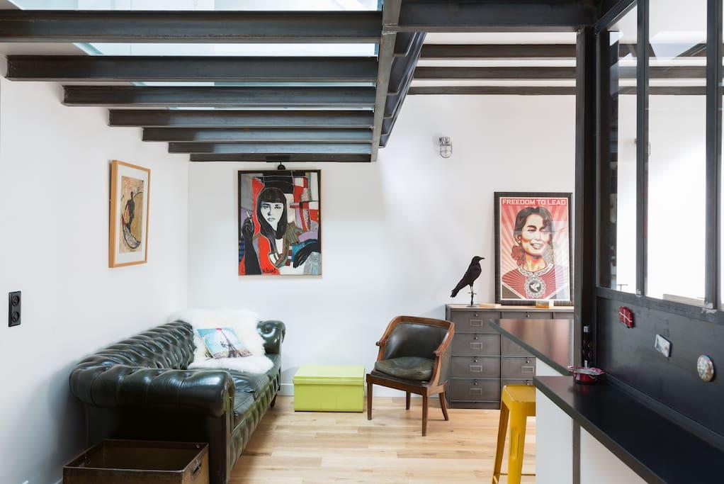 Duplex lumineux atypique paris 17 appartements louer for Duplex appartement atypique