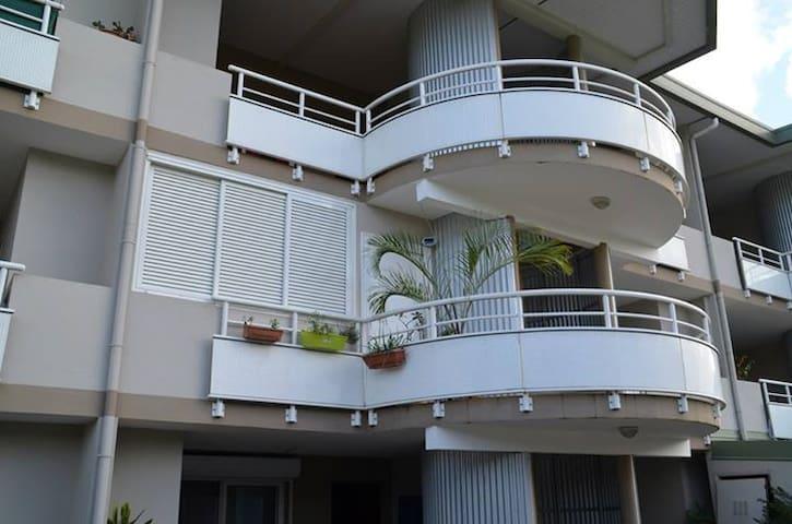 Loue Appartement F2 meublé sur PK6 - Noumea - Apartment
