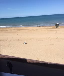 T2 bord de plage avec grande loggia - Courseulles-sur-Mer - Apartment