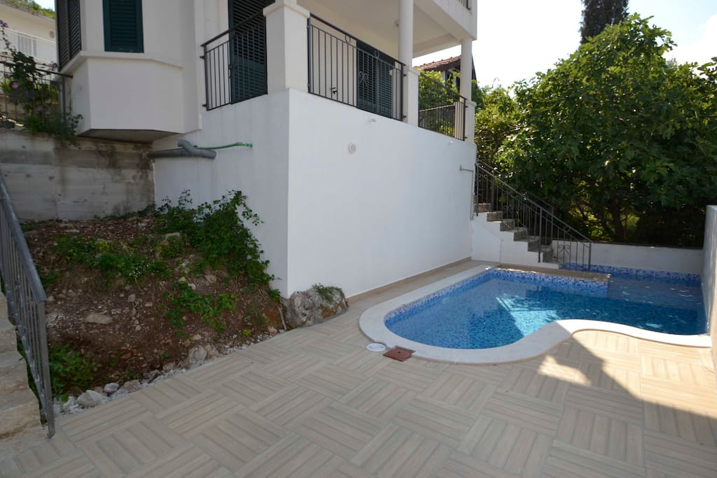 Private and secluded pool