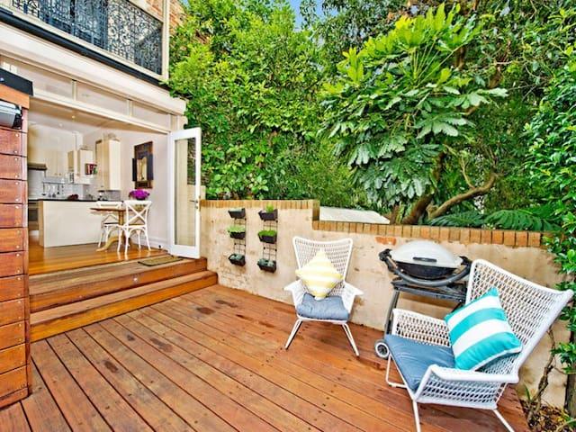 Live like a local in renovated Paddington Terrace