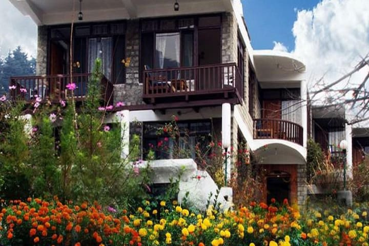 Garden View Room in the heart of Manali Town 1