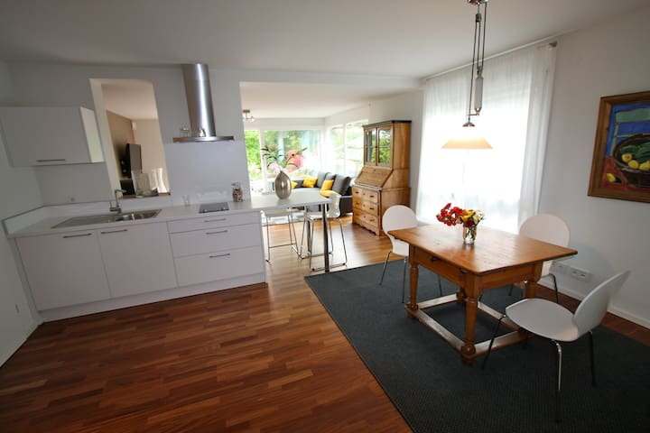 Modern Blackforest-Apartment - Offenburg - Apartament