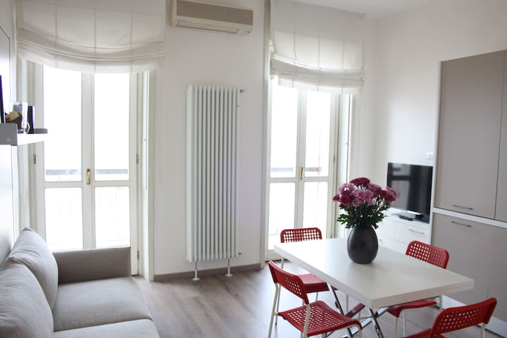 Ufficio Oggetti Smarriti Ikea : Lloyd 2018 with photos : top 20 places to stay in lloyd vacation