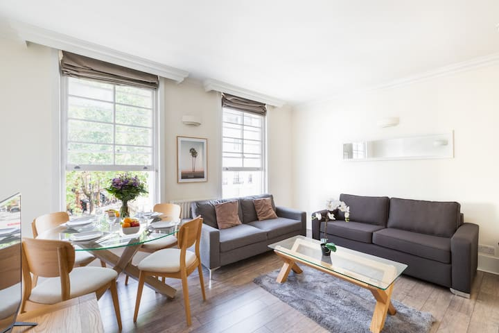 BEAUTIFUL 1BR FLAT IN THE HEART OF COVENT GARDEN