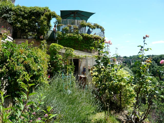 La Maison Févret - Semur-en-Auxois - Haus