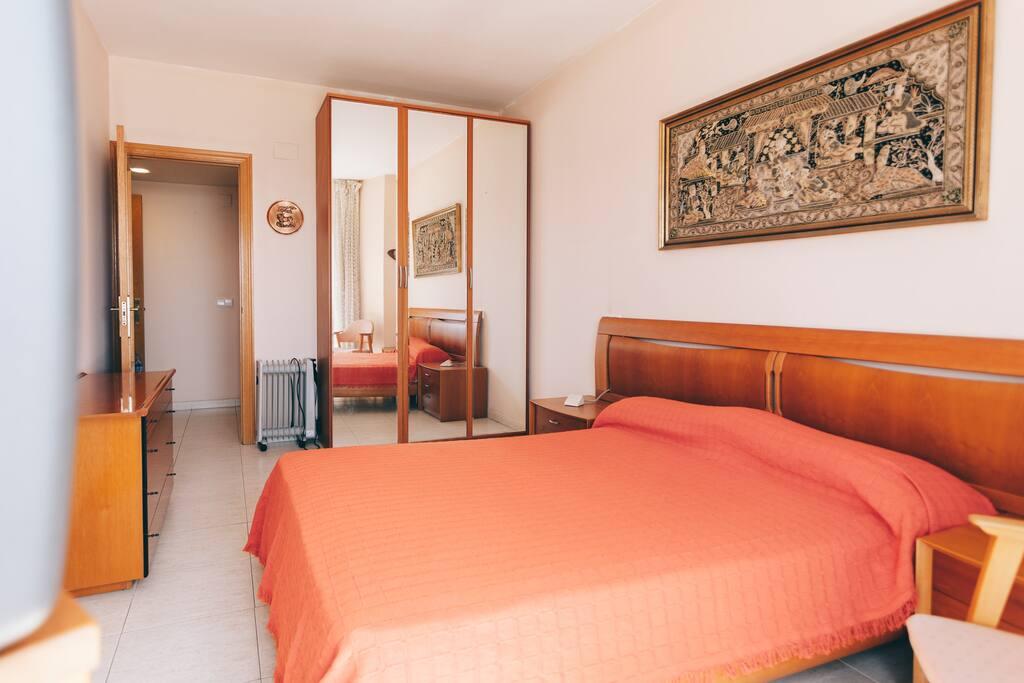 Appartement ima appartements louer lloret de mar - Appartement luxe mexicain au plancher bien original ...