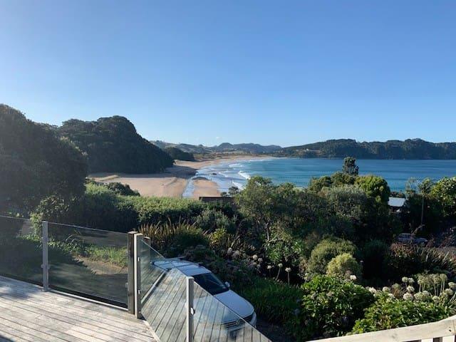 Classic Hot Water Beach Kiwi Bach