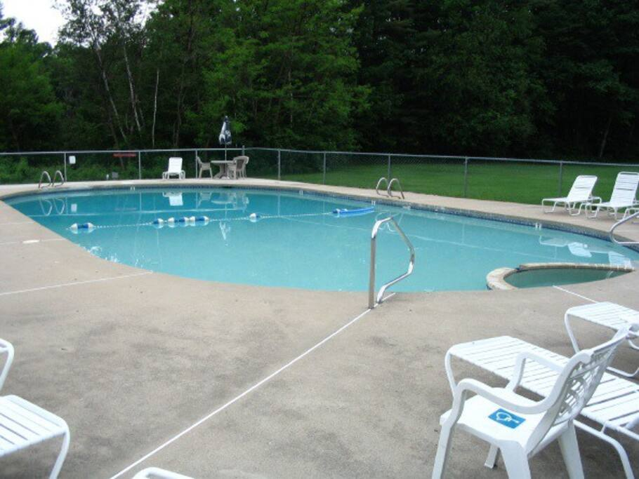 Location is a 4 minute walk from the condo at the Club House