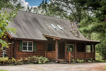 Lake Arrowhead Cabin - 7 min from Sand Valley!
