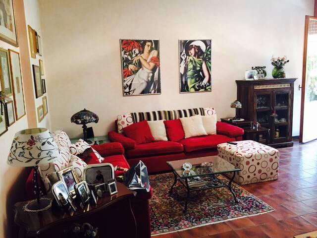 Camera singola in appartamento - Arese - Daire
