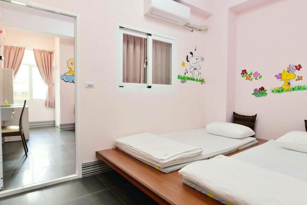 如果想要加人,有和式床在房間可以加兩小床