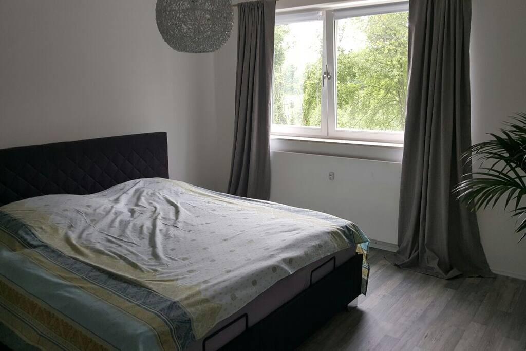 eine wundersch ne wohnung terasse wohnungen zur miete. Black Bedroom Furniture Sets. Home Design Ideas