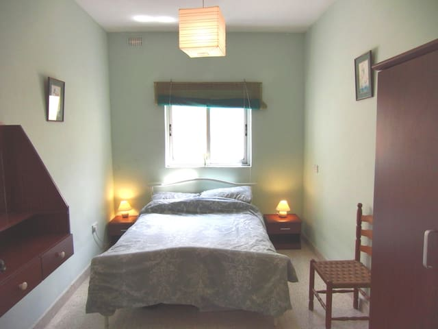 Bed and Breakfast at Sunshine House - San Gwann - Bed & Breakfast