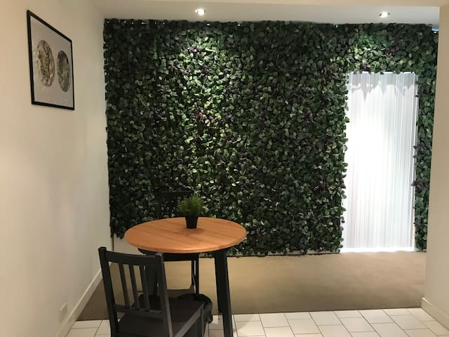 AUQV14-3: Forest themed Private Room in QV center