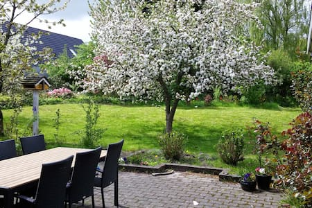 Stort hus tæt på Aalborg - Støvring - House
