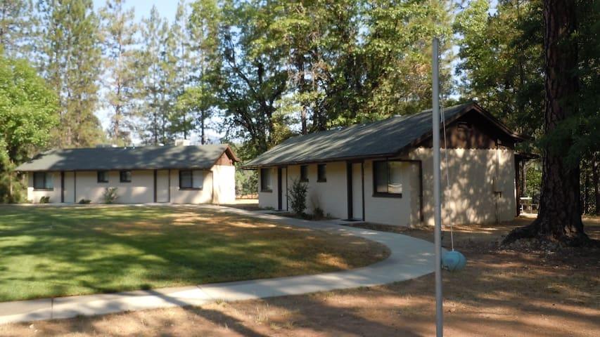 Lake Shasta Cabin at Salt Creek Resort & RV