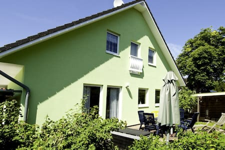 Ferienhaus Blömsloot Wohnung 1 - Prerow