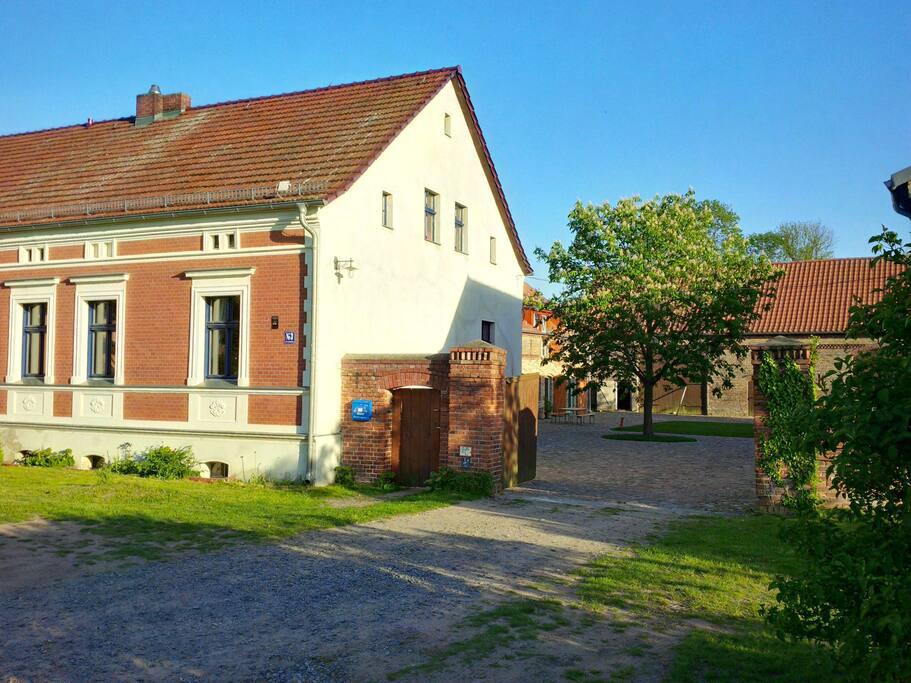 ferienwohnung auf dem bauernhof in michendorf brandenburg. Black Bedroom Furniture Sets. Home Design Ideas