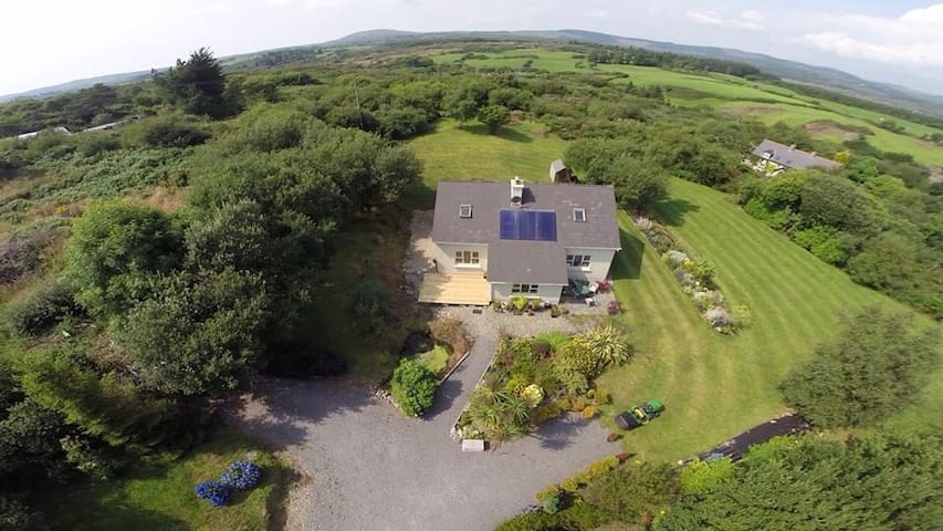 Three Rooms in Beautiful Ballydehob