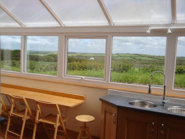 Ideal holiday cottage - Crackington Haven - House
