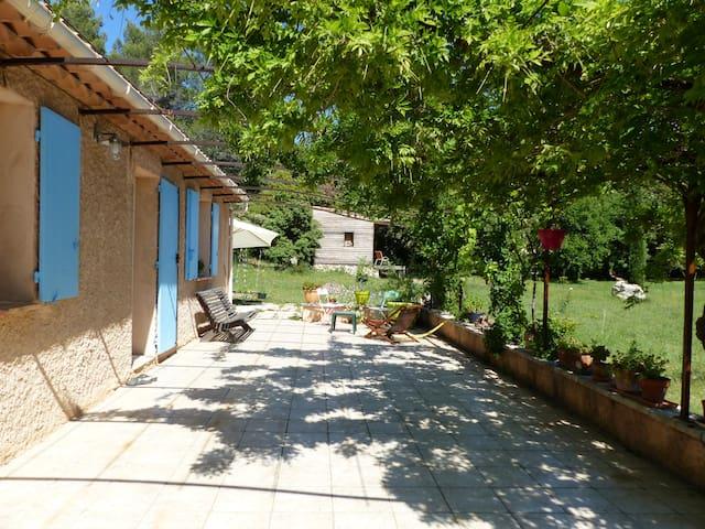 Dans la campagne aixoise - Saint-Marc Jaumegarde - Casa
