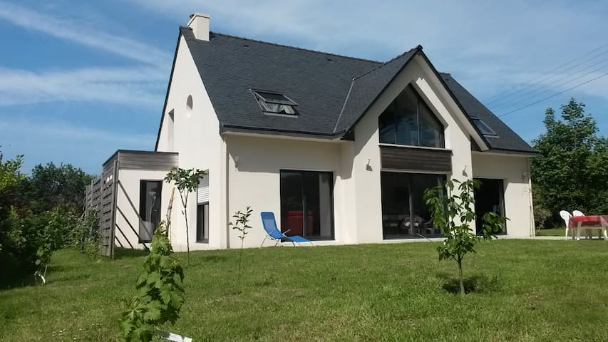 At 5 minutes walk from the beaches - Concarneau - Talo