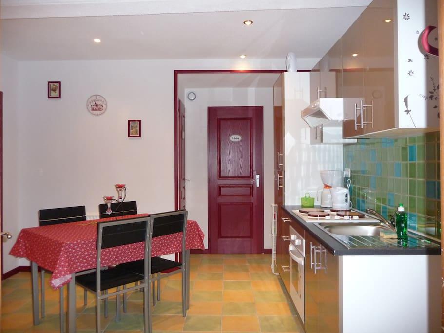 La cuisine / salle à manger