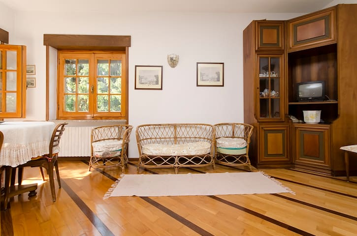 APARTMENT/VILLA - LAKE COMO - Calolziocorte - Apartament