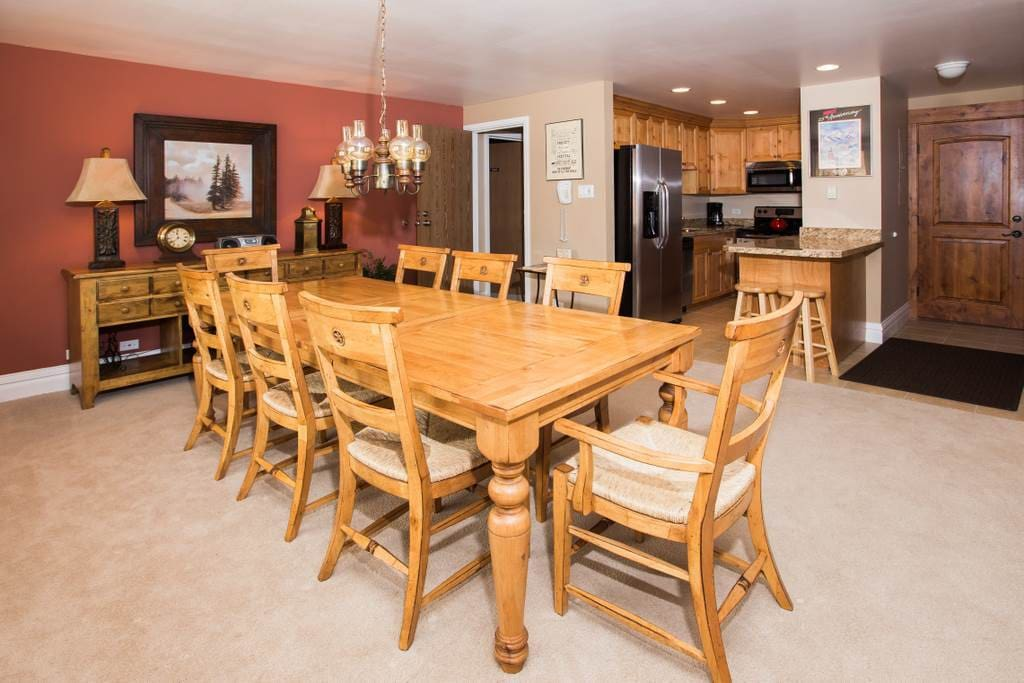 Furniture,Dining Table,Table,Oven,Chair
