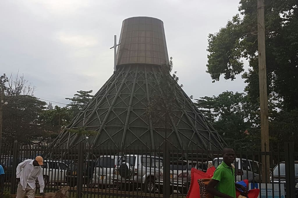 The Uganda Martyrs' Shrine is close by
