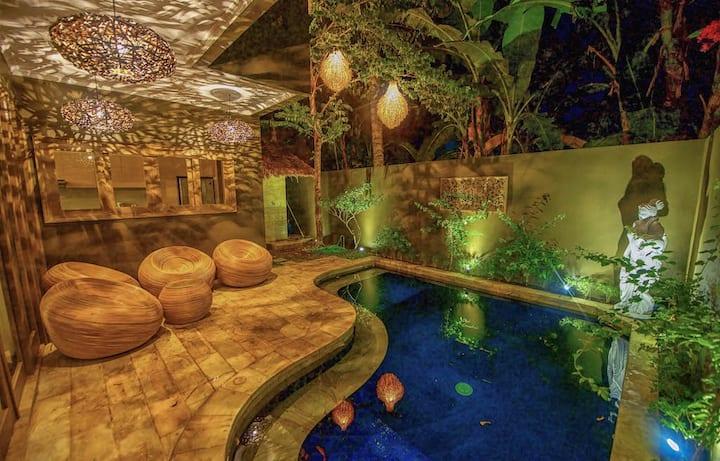 Luxury room #4 in a beautiful Senggigi villa