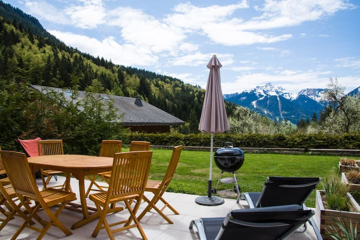 Luxurious house (6-10 p.), gorgeous view, sauna... - Morzine - Earth House