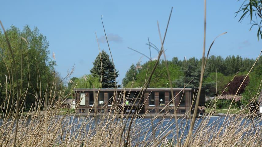 Fabulous houseboat! - Halfweg - Båt