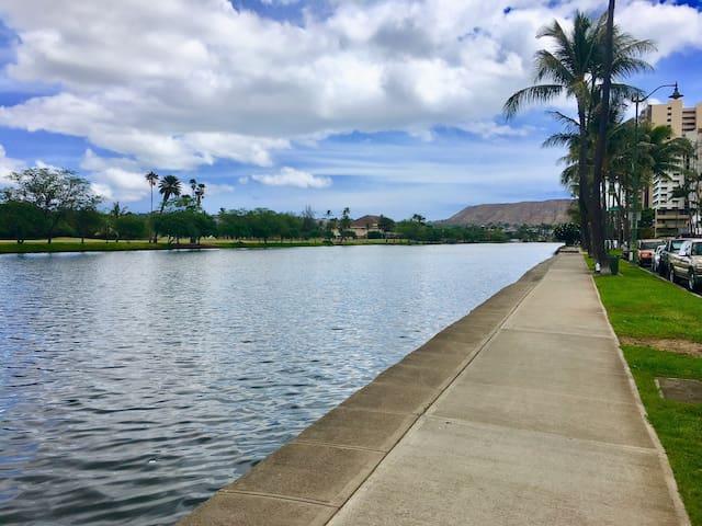 Aloha Nalu~❤️Heart of Waikiki | Pool|Gym| WiFi