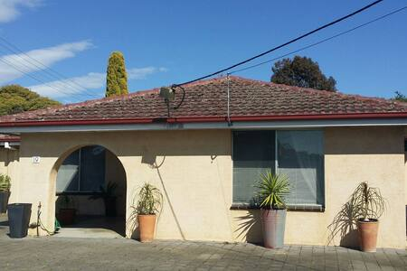 AIRCONDITIONED GREAT CASA GEELONG - Leopold