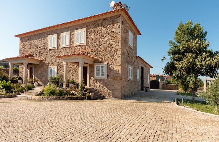 Big House Near Porto and beachs - Santa Maria Da Feira - Hus