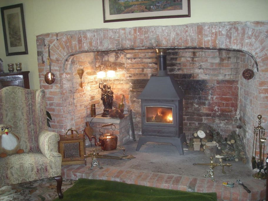 Enjoy your breakfast in our beamed dining room with Inglenook fire place
