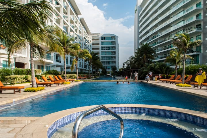 Cartagena 2018 -3 Pools-Gym-Direct Beach Access