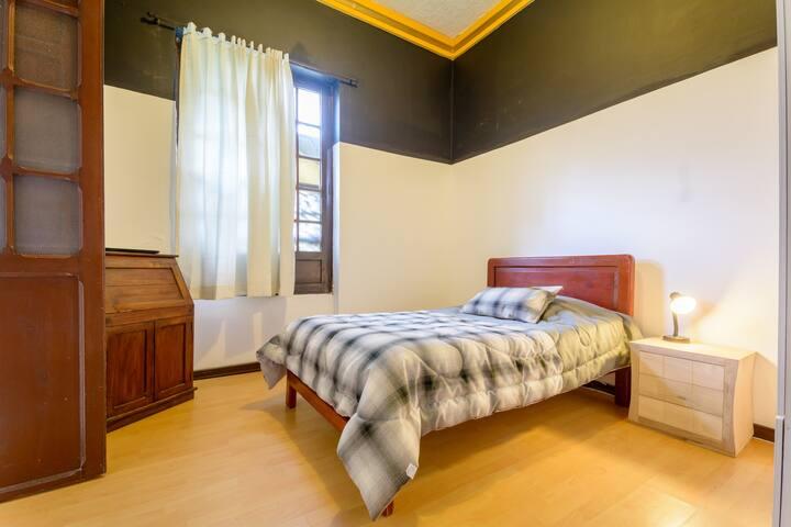 La Candelaria - Private bedroom
