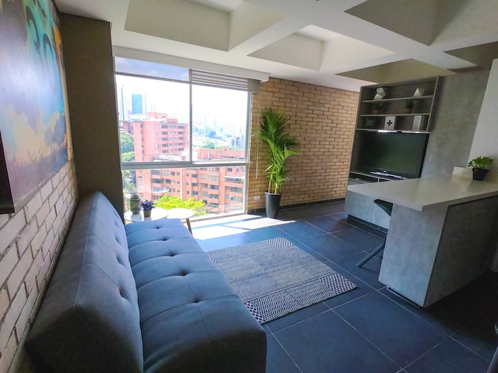 New Apartment, at El Poblado, Near Everything! 3/4