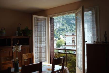 chambre vue sur le vercors
