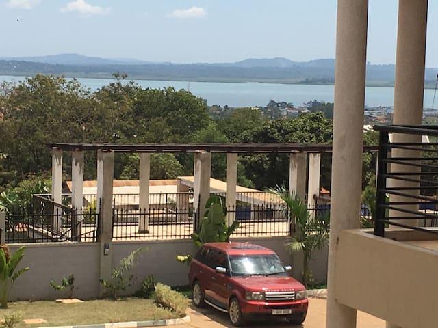 Laxurious appartment with lake view - Kampala - Apartament
